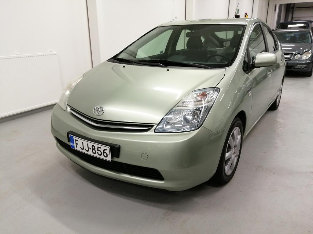 Toyota Prius HSD 5ov,  1-omisteinen,  Vähän ajettu,  Rahoitus jopa ilman käsirahaa!!
