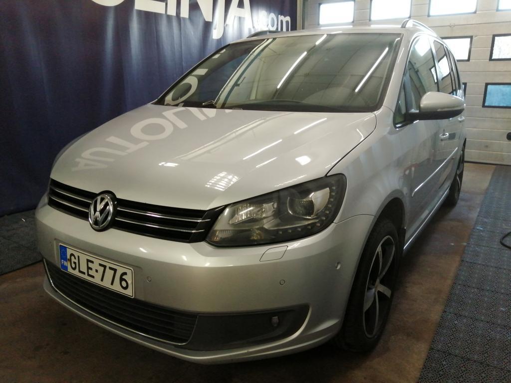 Volkswagen Touran 1.4i Turbo Bensa/Kaasu!! Rahoitus jopa ilman käsirahaa ja maksuaikaa peräti 96kk asti!!