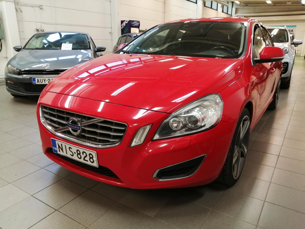 Volvo S60 D4 Momentum,  Suomi-auto,  Rahoitus jopa ilman käsirahaa!!