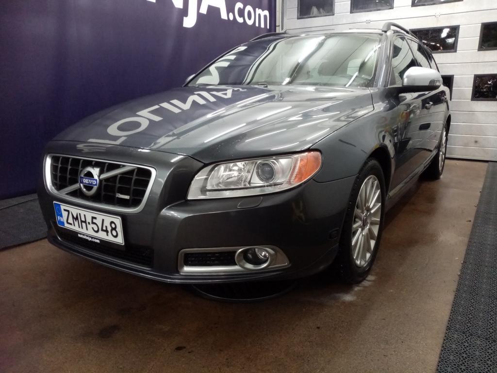 Volvo V70 2.5 FT,  Siisti,  Kohtuu kilometrit!!