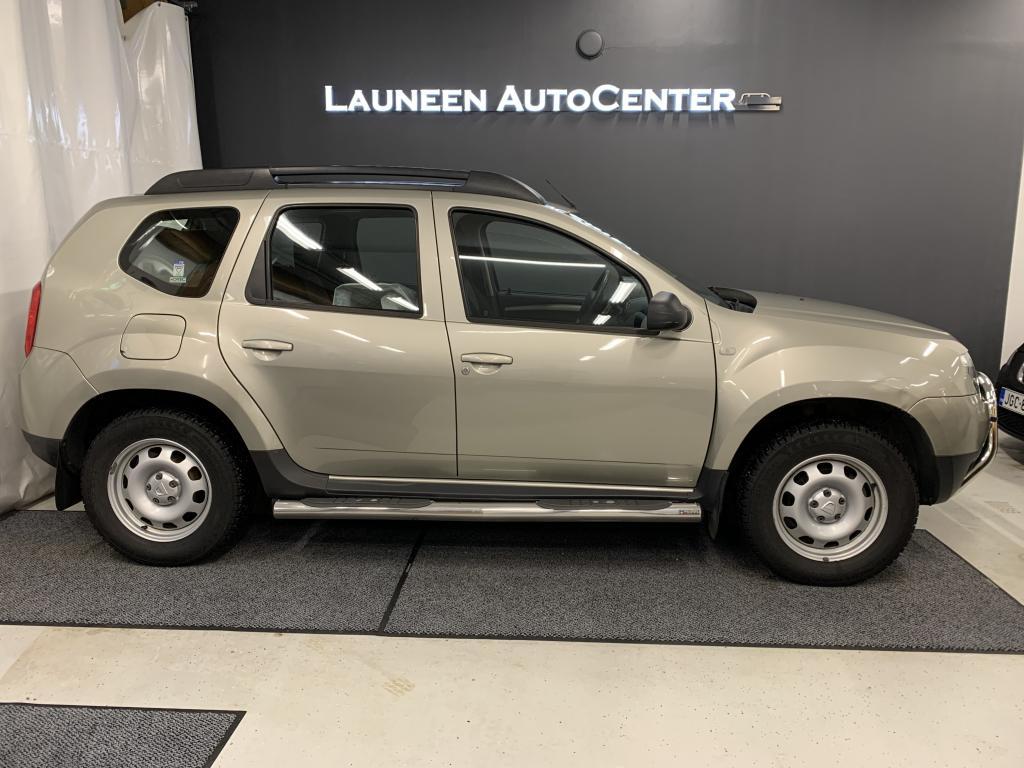 Dacia Duster 4x4 1, 6 16V 105hv 6MT Laureate