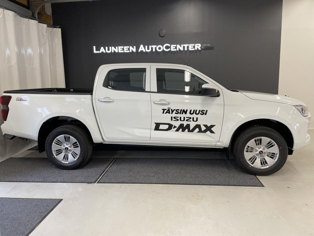 Isuzu D-Max Double Cab 4WD 6AT LX Two-seater