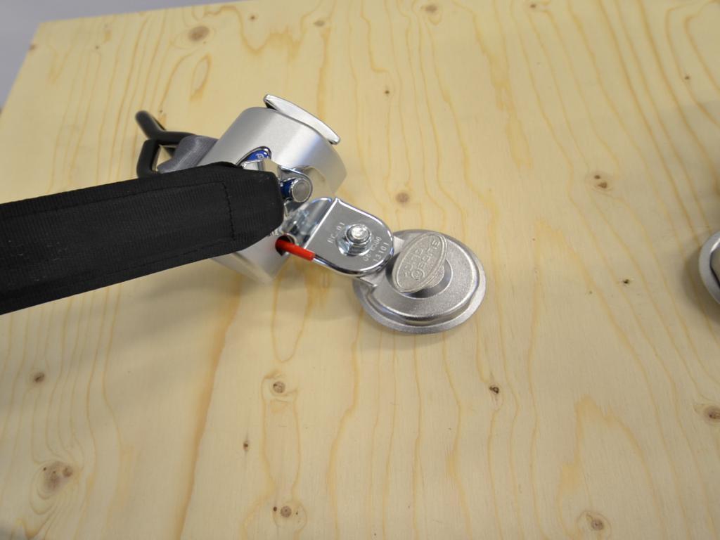 Q-Straint STD Q-8204-SC , Q-Straint pyörätuolin kiinnityssarja