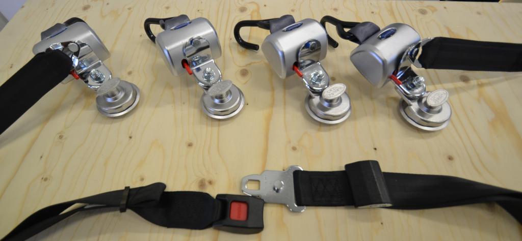 Q-Straint Max Q-8304-SC , Q-Straint pyörätuolin kiinnityssarja