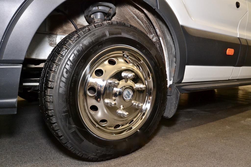 RST 16 Ford , Pölykapselisarja Ford 16