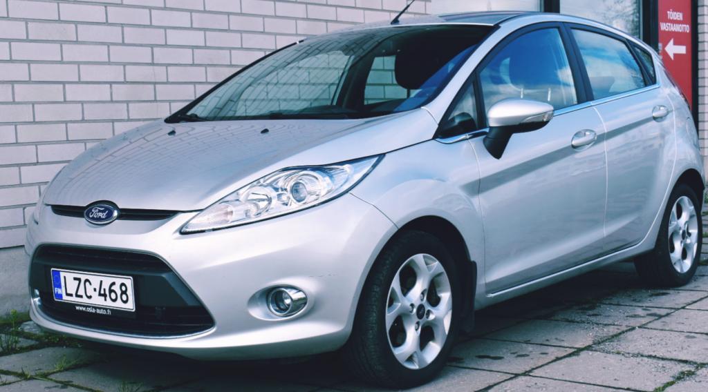 Ford Fiesta 1, 4 96 hv Titanium M5 5-ovinen