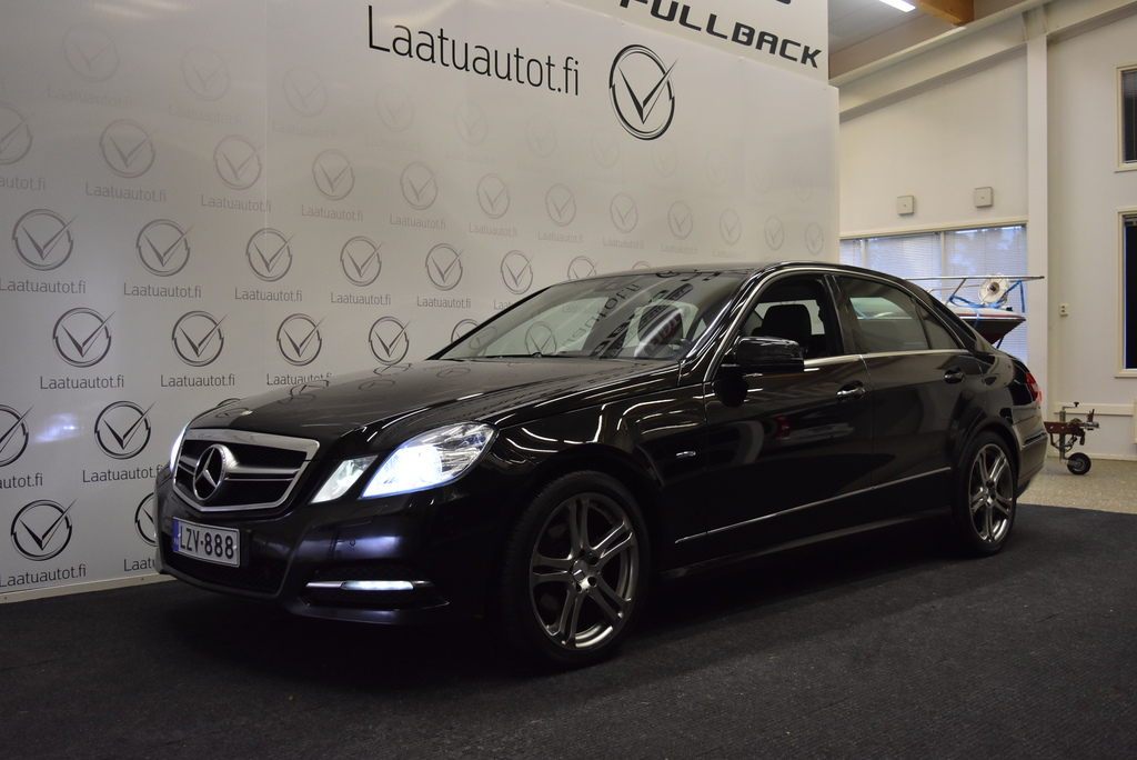 Mercedes-Benz E 220 CDI BE A Premium Business