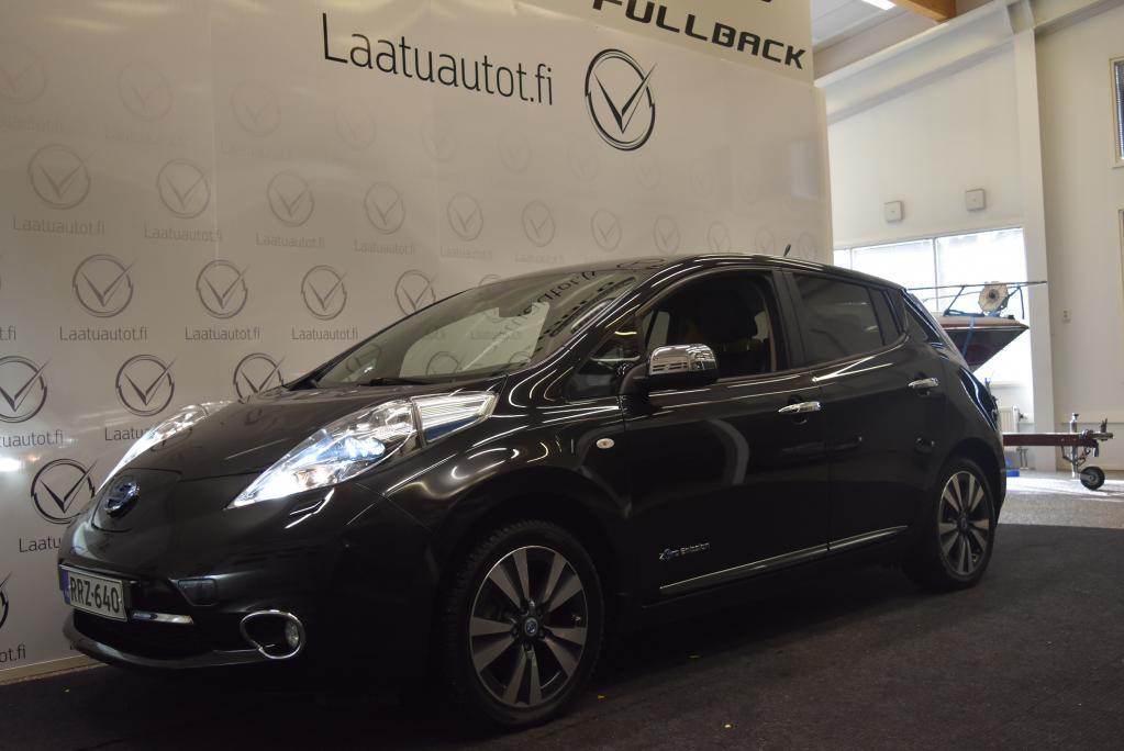 Nissan Leaf Tekna Solar Leather