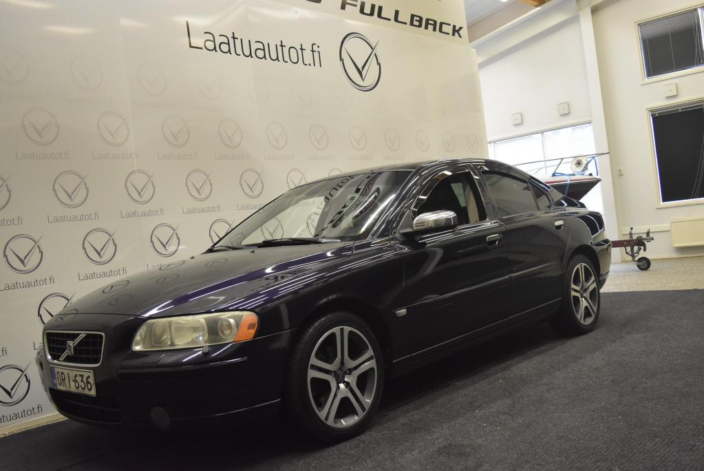 Volvo S60 2, 4 170hv Chromium Edition