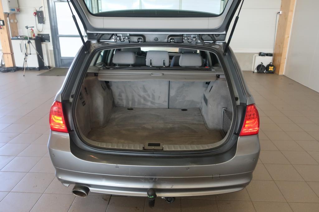 BMW 320d, E91 Touring Aut