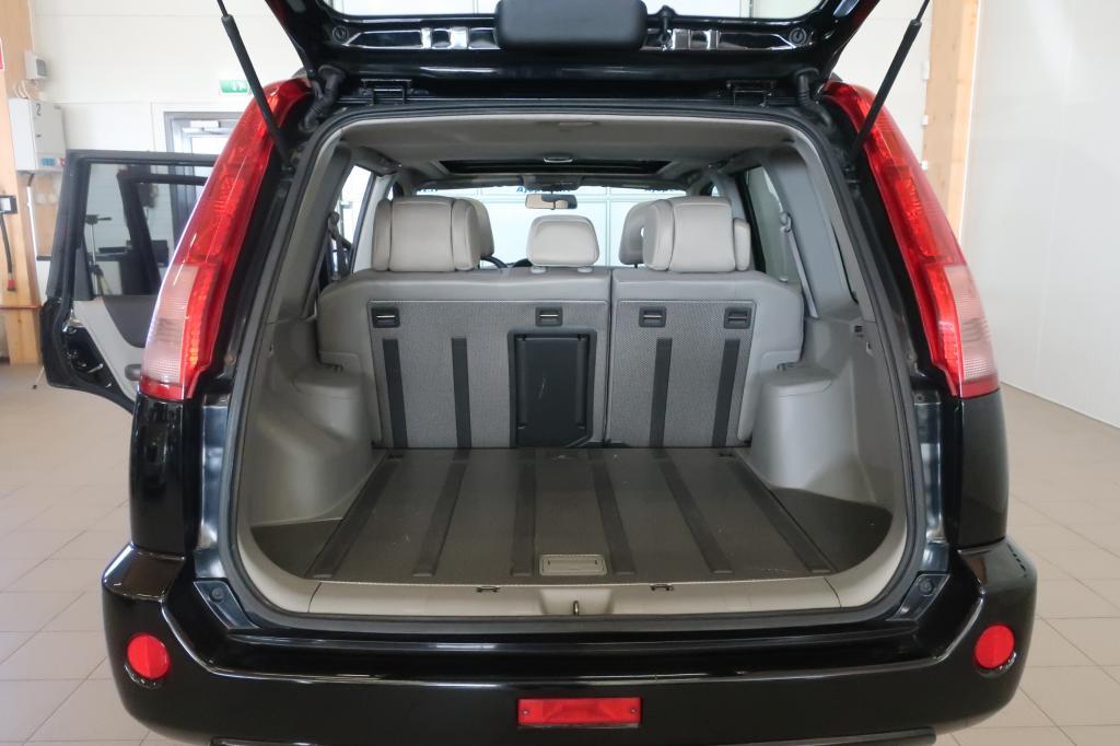Nissan X-TRAIL, 2.5 Columbia 4wd Aut