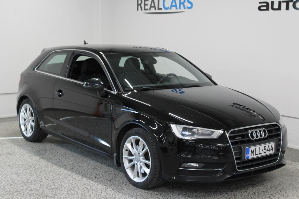 Audi A3 Compact Coupé Business Sport 1, 8 TFSI 132 kW quattro S tronic*BANG&OLUFSEN*WEBASTO*S-PENKIT*