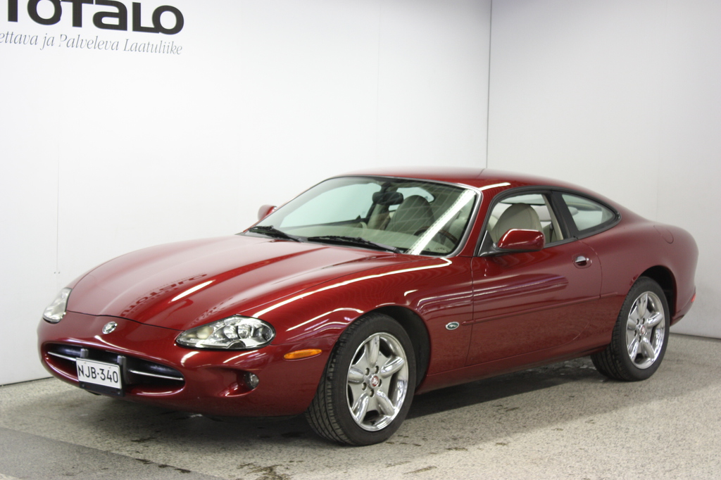 Jaguar XK8 4.0 A V8 Coupé
