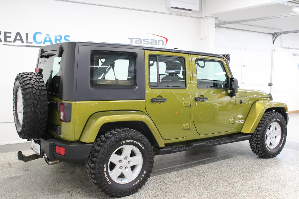 Jeep Wrangler Unlimited Sahara 3, 8 V6 4x4 Aut.