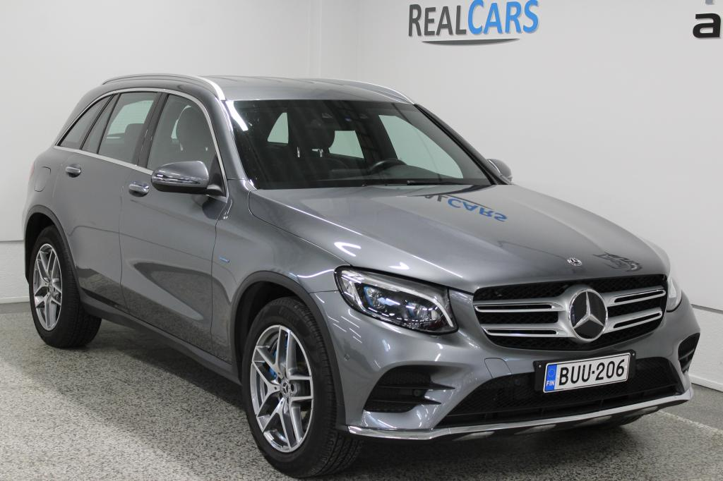 Mercedes-Benz GLC 350 e Plug-in Hybrid 4Matic Autom Premium Business AMG