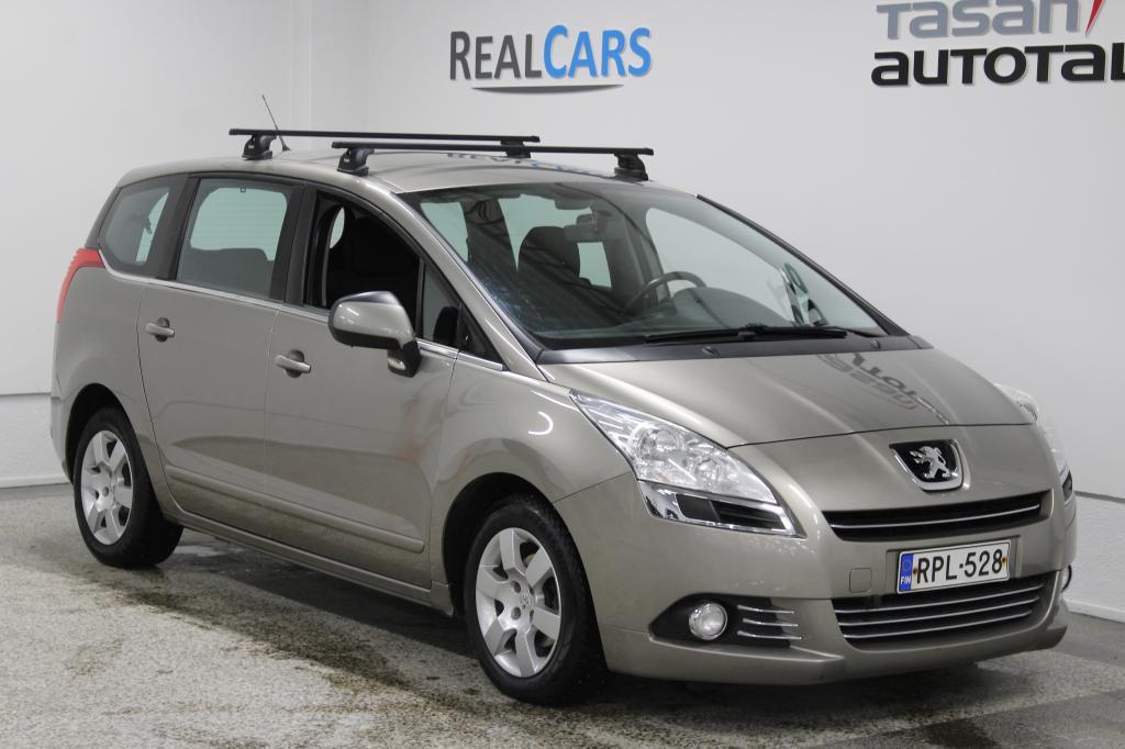 Peugeot 5008 Premium HDI 110 FAP 7-paik. Monikäyttöajoneuvo (AF) 4ov 1560cm3