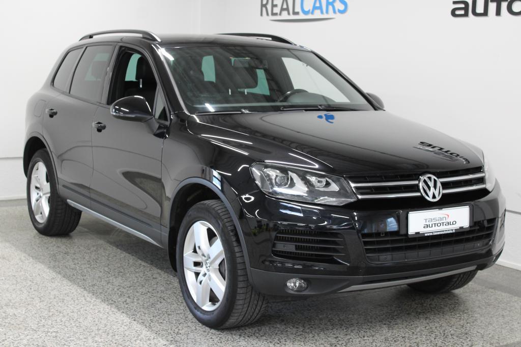 Volkswagen Touareg 3, 0 V6 TDI 176 kW A (240 hv) 4MOTION BlueMotion Technology *ILMA-ALUSTA*