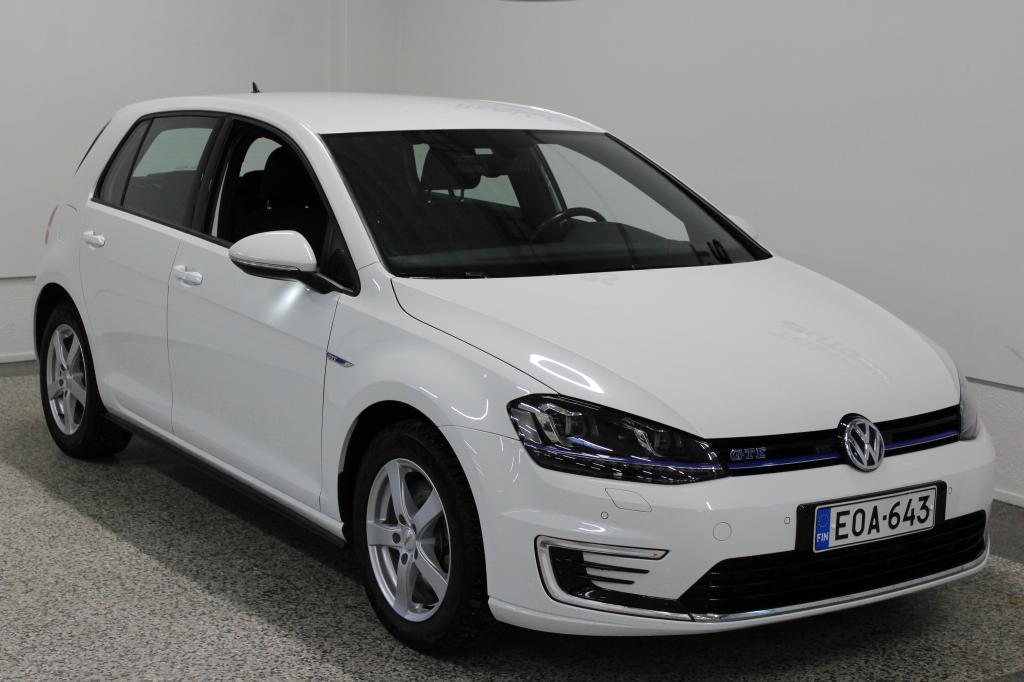 Volkswagen Golf GTE Plug-In Hybrid 150 kW (204 hv) DSG-automaatti *Webasto*