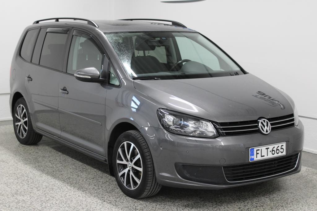 Volkswagen Touran Family Edition 1.4 TSI 103kW DSG 7-P *webasto,  navi,  panoraama*