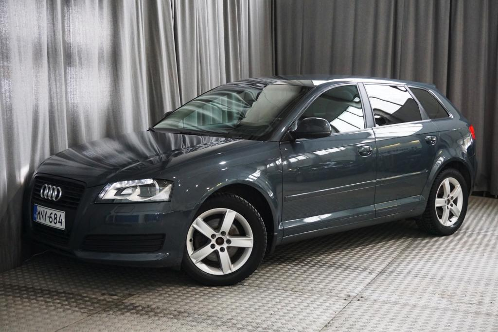 Audi A3 Sportback Attraction 1, 4 TFSI 92 kW S-tronic Start-Stop Black Edition