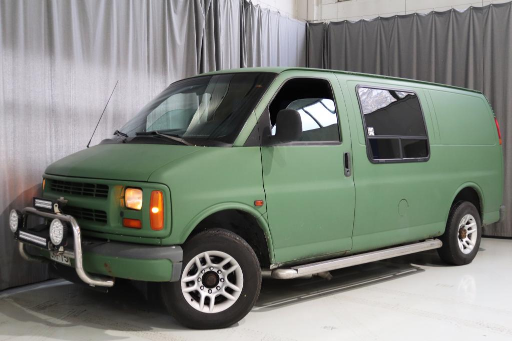 Chevrolet Chevy Van 20 6, 5TD V8 3.9T,  SEUR KATS. 10/2021!