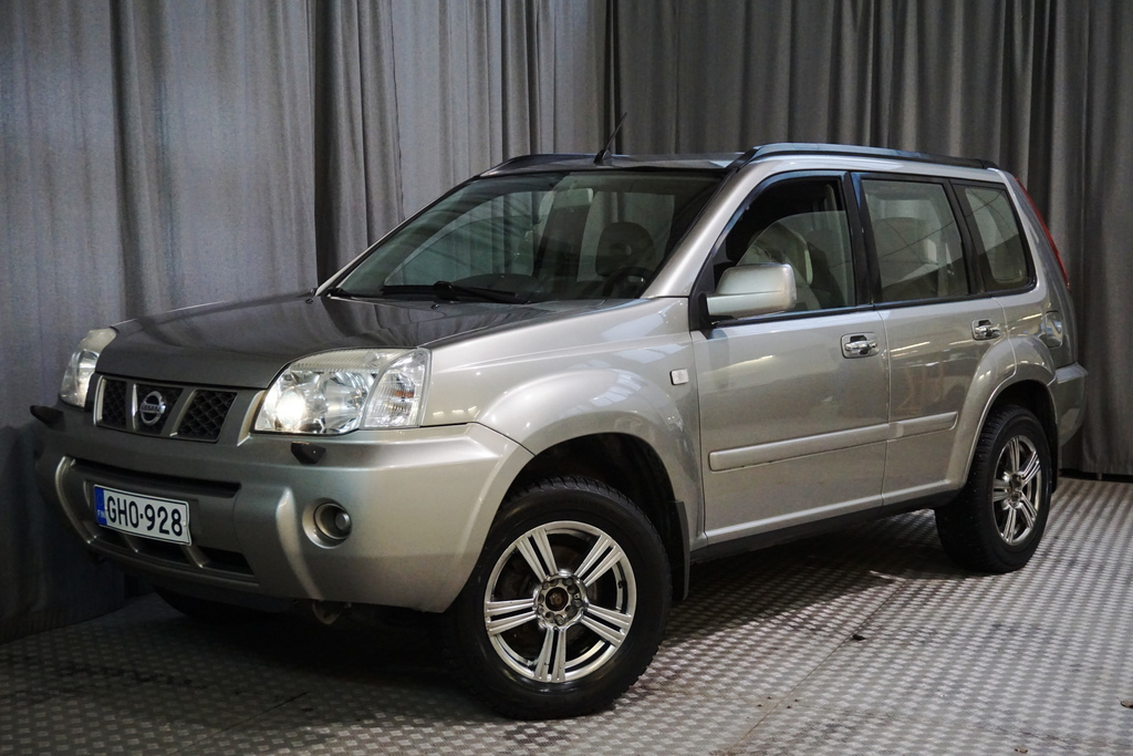 Nissan X-Trail 2, 0 103 Columbia Comfort Business 4X4