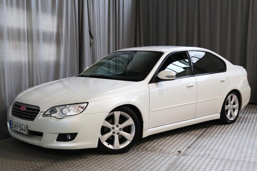 Subaru Legacy 2, 0R sedan AWD FQ,  NÄYTTÄVÄ JA SIISTIKUNTOINEN!