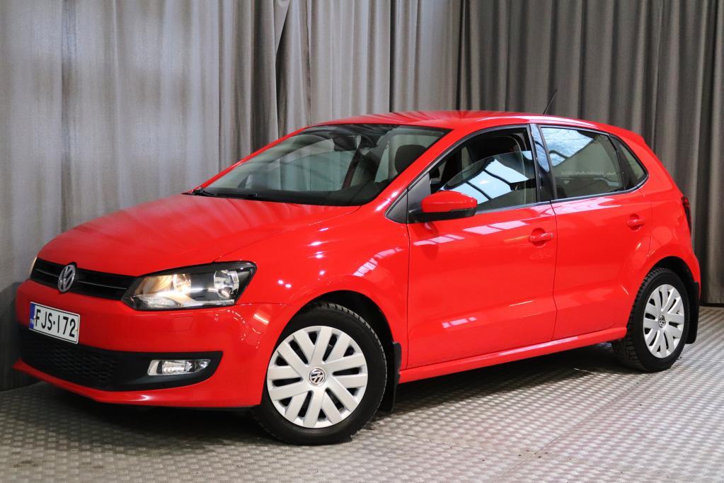 Volkswagen Polo Comfortline 1, 4 63 kW (85 hv) 4-ovinen,  UUDELLA JAKOHIHNALLA!
