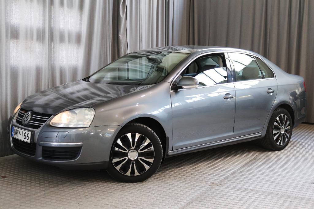 Volkswagen Jetta 2, 0 FSI 110 kW Comfortline,  UUDELLA JAKOHIHNALLA!