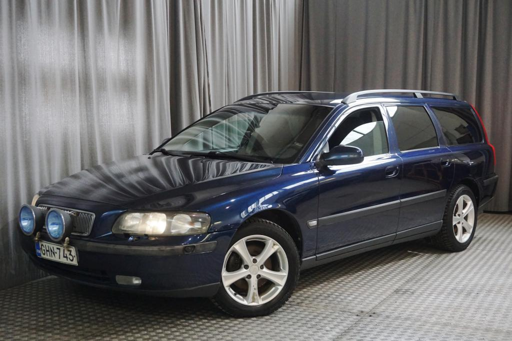 Volvo V70 D5 Sportswagon,  SEUR. KATS. 5/2020!