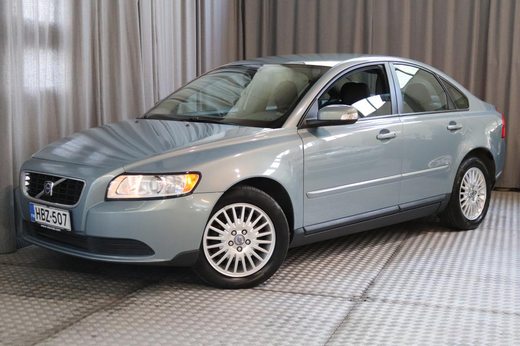 Volvo S40 1, 6D (110 hv) Kinetic man