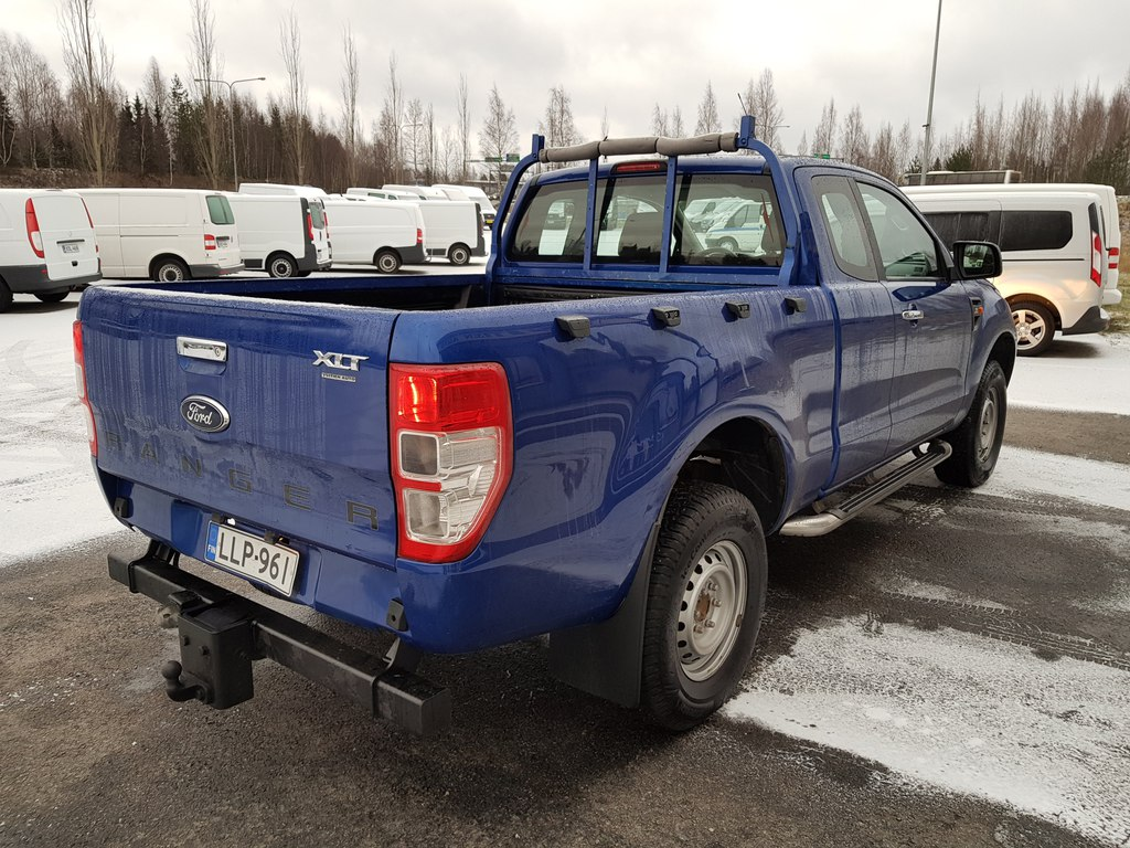 Ford RANGER, SUPER CAB 2, 2TDCi 150 HV 4X4 NELIVETO WEBASTO ILMASTOINTI VETOKOUKKU VAK. NOP. SÄÄDIN SIS ALV 24%