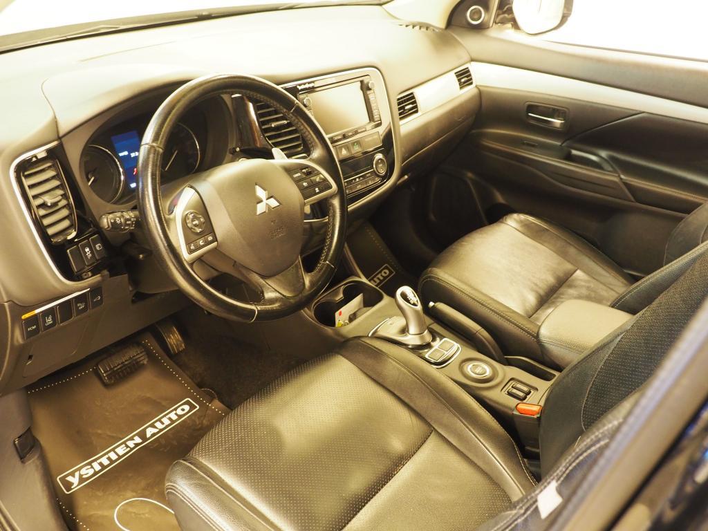 Mitsubishi Outlander, PHEV Instyle Navi 4WD