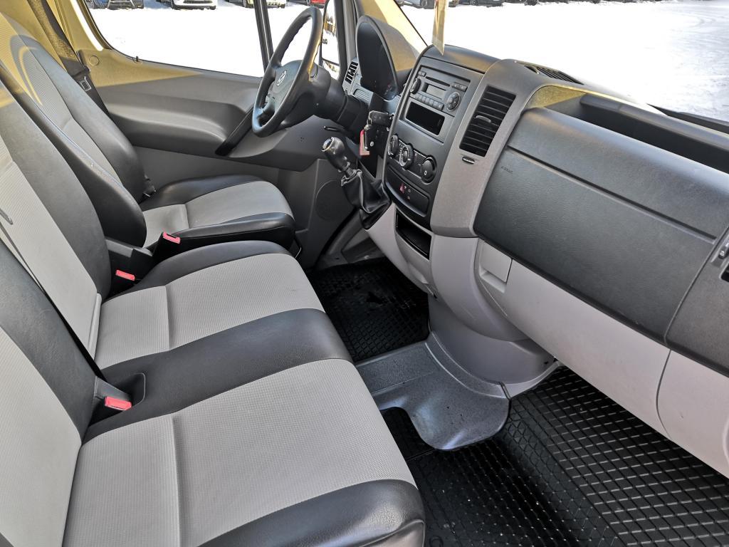 Volkswagen CRAFTER, 2.0TDI 100KW SIISTI 3+3 HENK. KEVYT K-A SIS ALV 24%