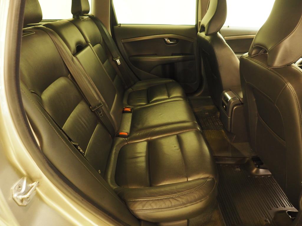 Volvo V70, D2 2.0 Classic Summum Automatic
